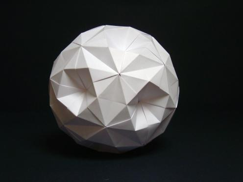Diagrams:https://vallebird.files.wordpress.com/2014/10/30-piece-ball.pdf
