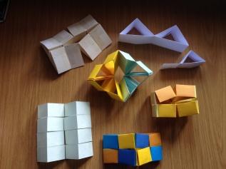 Triangle flexicube